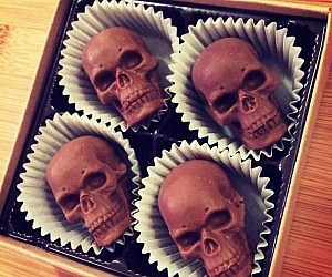 Chocolate Skull Truffles