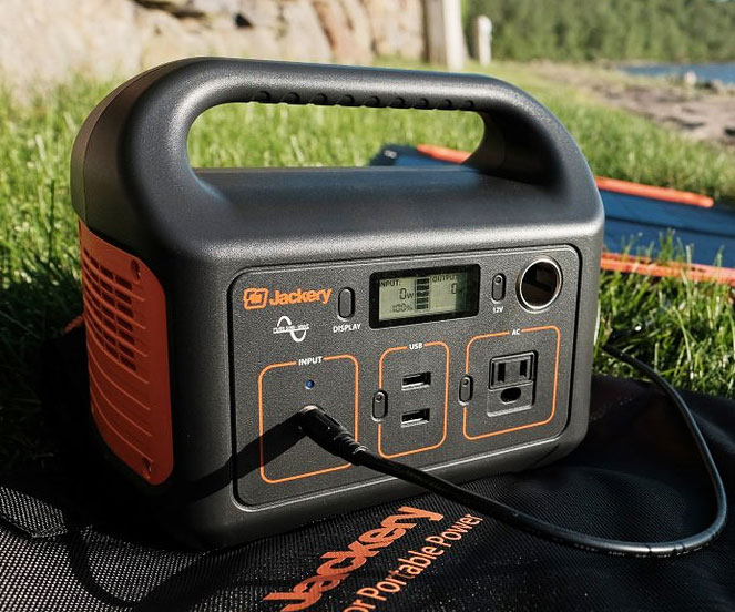 Jackery 240Wh Portable Power Station