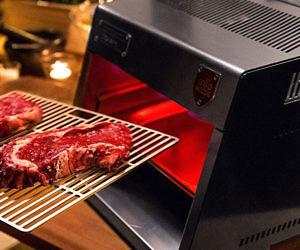 Otto s 1500?F Steak Grill