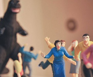 Horrified B-Movie Victims Playset