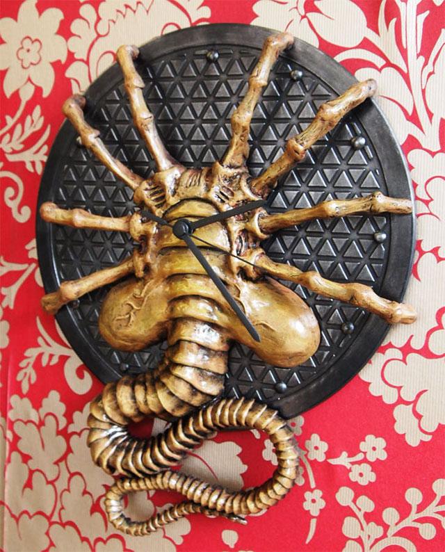 Attractive Alien Facehugger Wall Clock