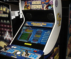 Classic Arcade Games Machine