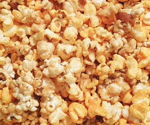 Bacon Caramel And Cheddar Popcorn