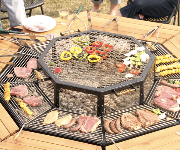Awesome BBQ Grill Round Table