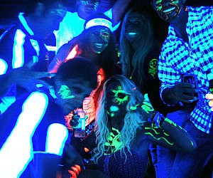 Black Light Glow Party Kit