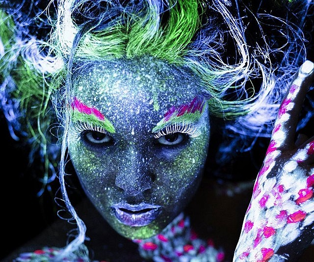 Glow In The Dark Body Paint 107927ad8