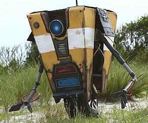 Borderlands Clap Trap Replica
