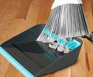 Broom Cleaning Dustpan