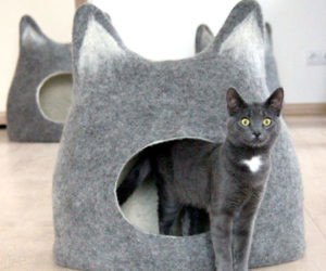 Triple Tiered Cat Bed - This company makes cardboard tanks houses and planes for cats and theyre perfect