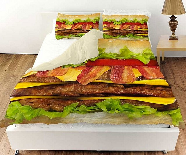 Spectacular Cheeseburger Bed Set