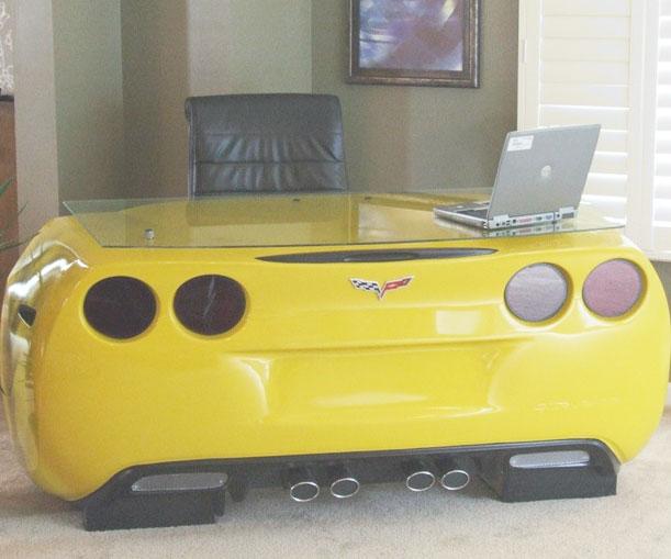 Corvette Desk