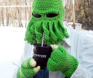 Cthulu Winter Apparel