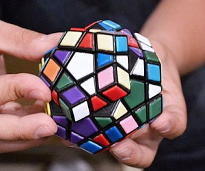 Advanced Rubiks Cube
