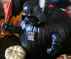 Darth Vader Pumpkin Push-in