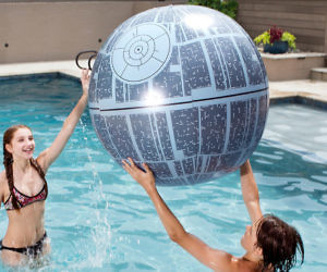 Death Star Light Up Beach ...