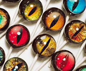 Dinosaur Eye Lollipops