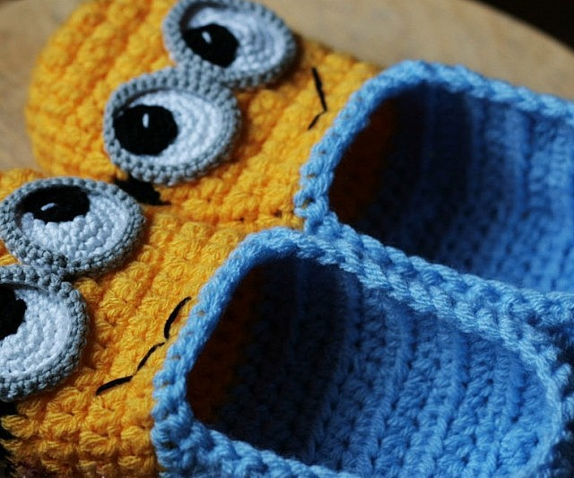 Diy Crochet Minion Slippers