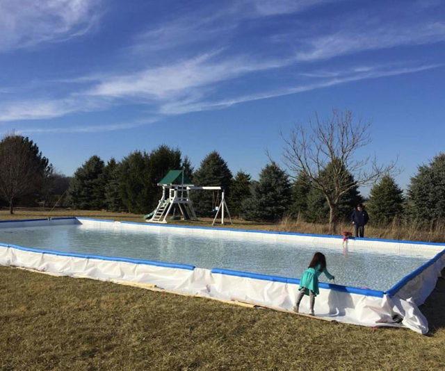 Diy backyard ice rink solutioingenieria Choice Image
