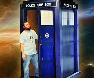 Life Size Standup Doctor Who TARDIS