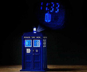Doctor Who TARDIS Projecto...