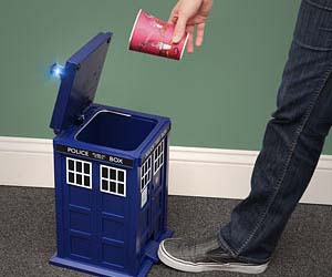 Doctor Who TARDIS Trash Can