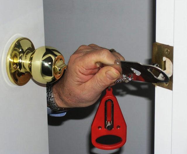 Portable Door Lock & Door Lock Pezcame.Com