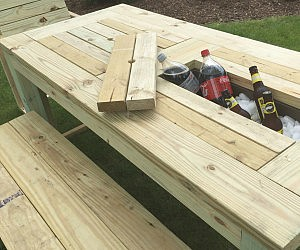 Fresh Drink Cooler Picnic Table