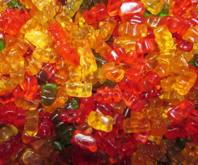 & 5 Pound Gummi Bear Bag