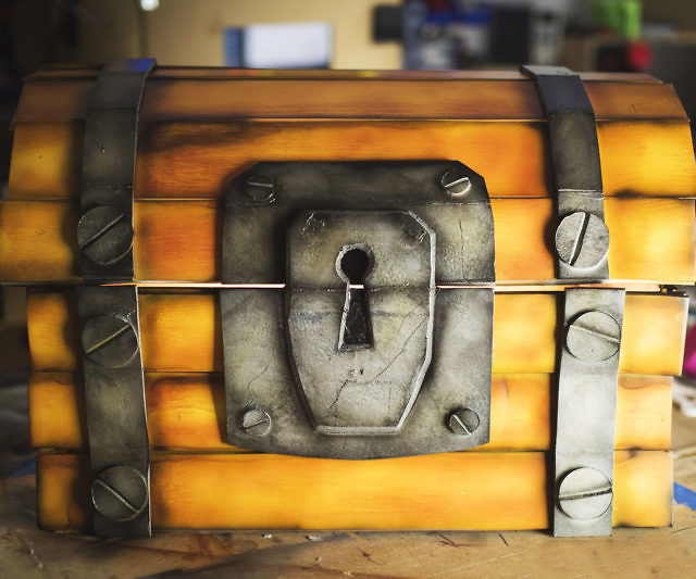 Fortnite Chest Replica