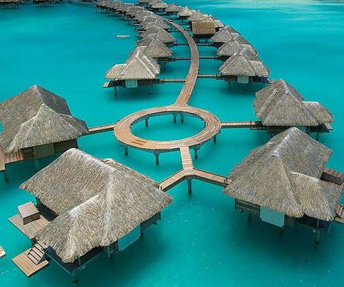 Four Seasons Hotel Bora Bora