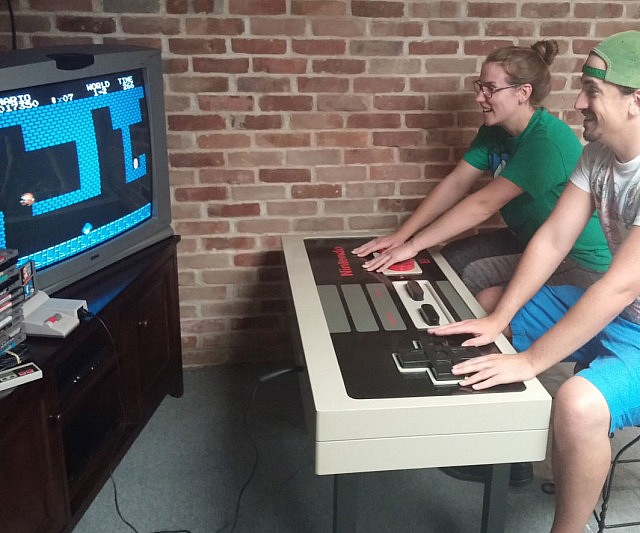 Good Functional NES Controller Coffee Table