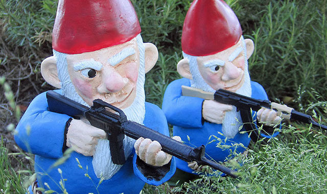 funny garden gnomes for your yard - Funny Garden Gnomes