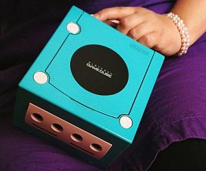 Nintendo GameCube Purse