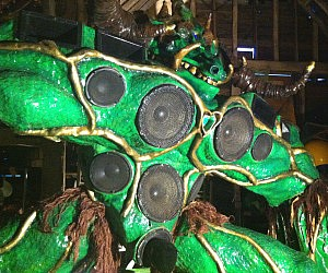 Giant Alien Monster Sound System