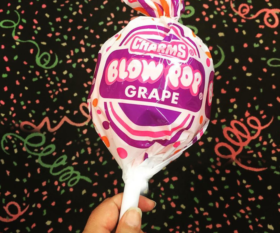 Giant Blow Pop - coolthings.us