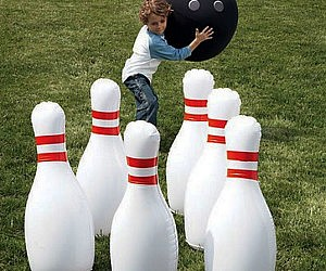 Giant Inflatable Bowling P...