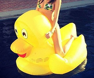 Giant rubber duck pool float for Duck repellent for swimming pools