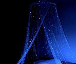 Glow In The Dark Bed Star Canopy