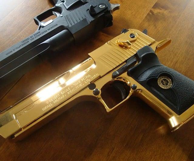 Gold Desert Eagle Gun