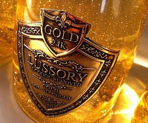 24 Karat Gold White Wine