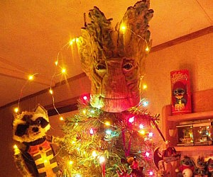 The Groot Christmas Tree Topper