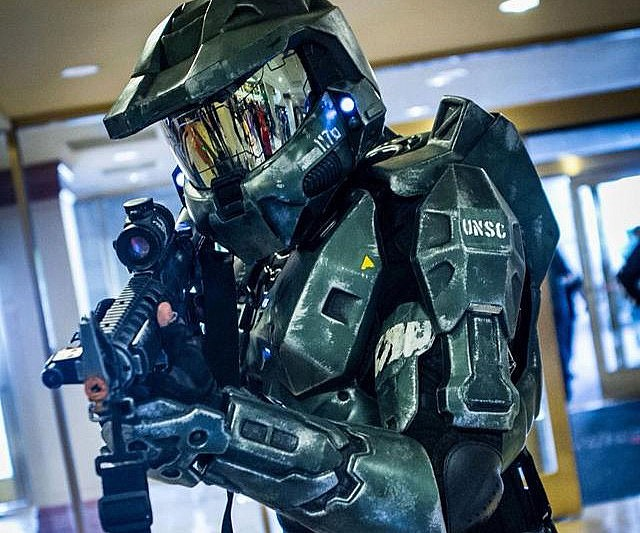 & Halo Master Chief Armor Suit