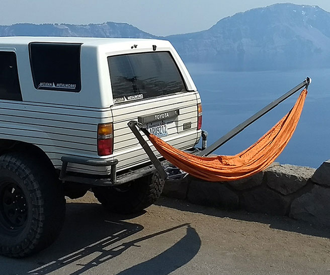 Automobile Hammock Hitch Mount