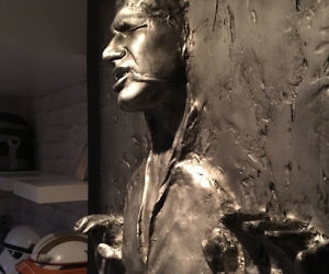 Life Size Han Solo Tred In Carbonite