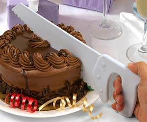 Hand Saw Cake Cutter
