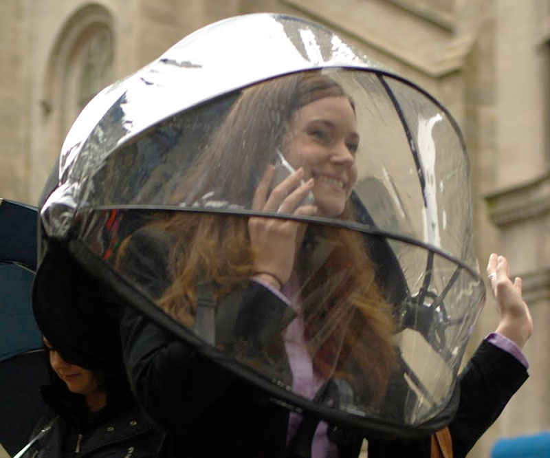 Hands Free Umbrella Dome - coolthings.us