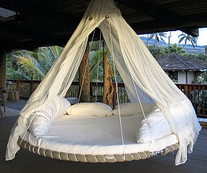 Hanging Trampoline Bed