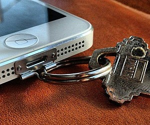 iPhone Keychain Attachment