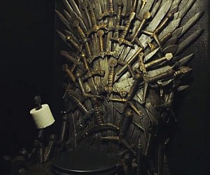 Iron throne toilet for Iron throne bean bag