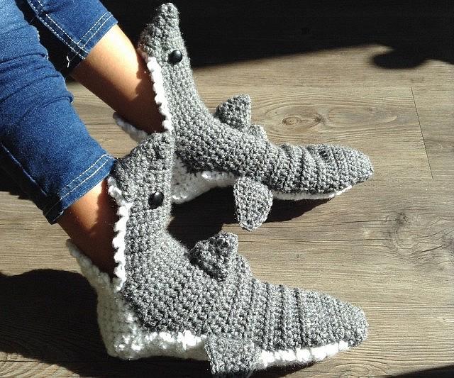73fa59a5c6a406 Shark Slippers